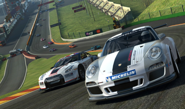 Real Racing 3 - iOS (iPhone, iPad, iPad touch)