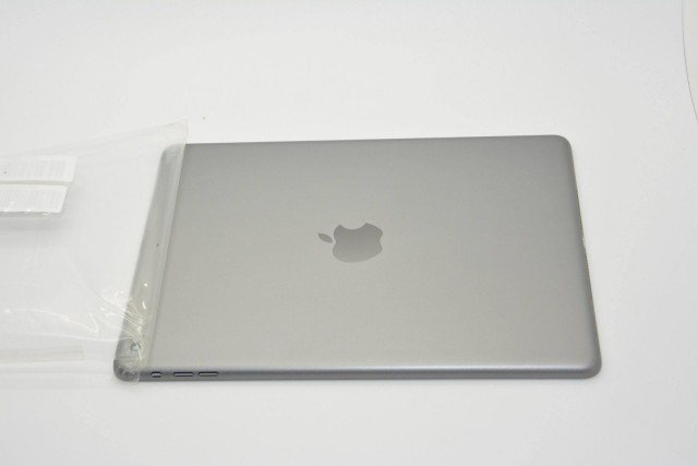 iPad 5 - gwiezdna szarość (space gray)