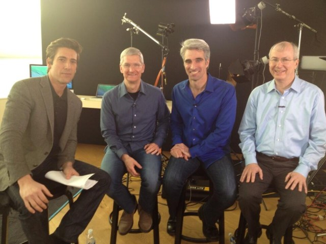 Tim Cook, Craig Federighi i Bud Tribble