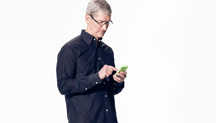 Tim Cook - iPhone