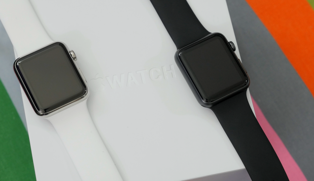 Apple Watch vs Apple Watch Sport